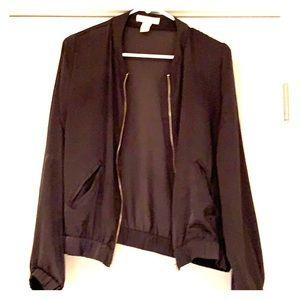 H&M lightweight jacket. Army green. Gold zipper